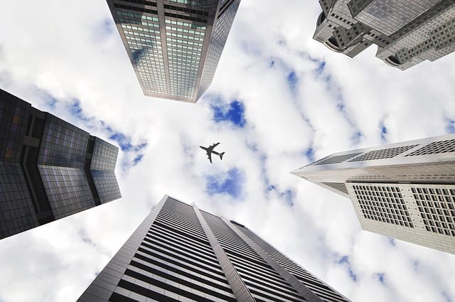 Air Travel Hacks: How To Find Business Or First Class Flight Deals - letsreachsuccess.com airline industry