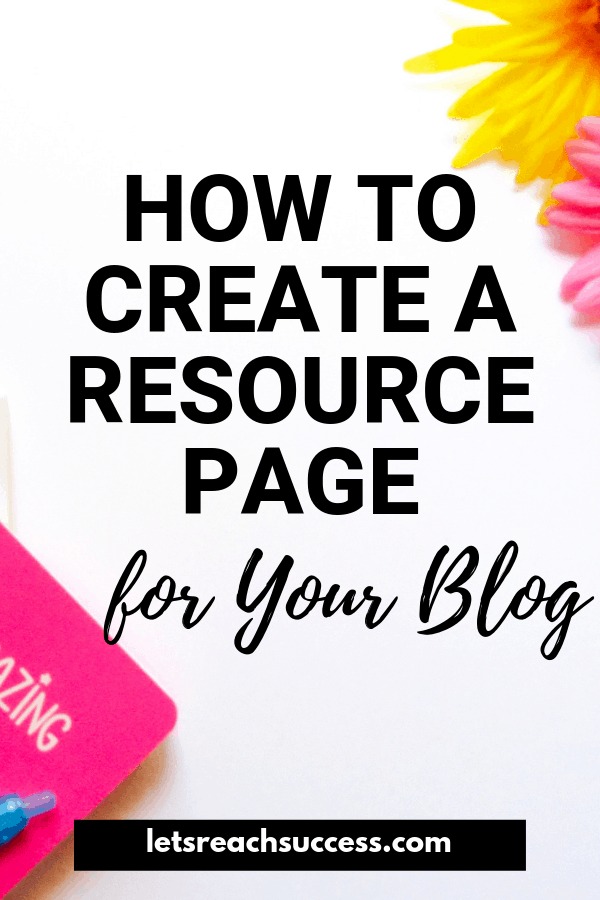 Learn what a resource page is exactly, why your blog, brand and monthly income can benefit from it a lot, and what to include in it: #bloggingtips #resourcepage #blogpagestohave #makemoneyblogging #bloggingforbeginners #resourcepagedesign