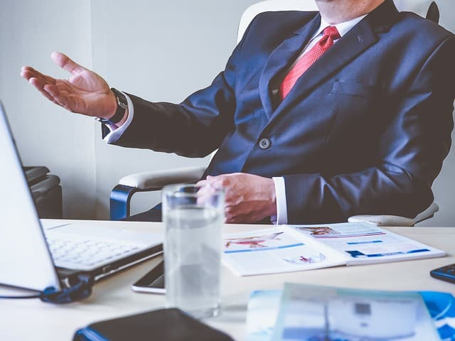 How to Make Effective Business Decisions as a Manager