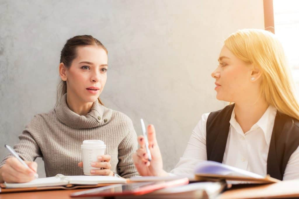 4 Networking Tips for Creating Professional Contacts