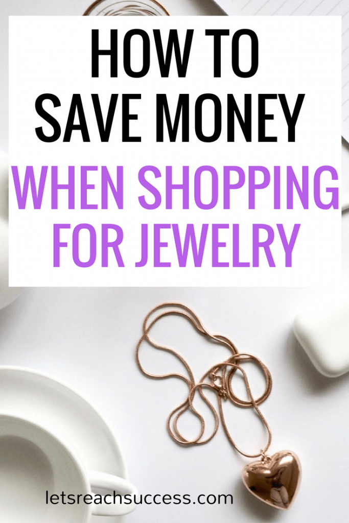 If you are in the market for the perfect piece of jewelry for your friend or loved one, but don't want to pay an armload, here are some excellent tips for the best jewelry deals. #savemoney #onlineshoppingtips #shoppingtips