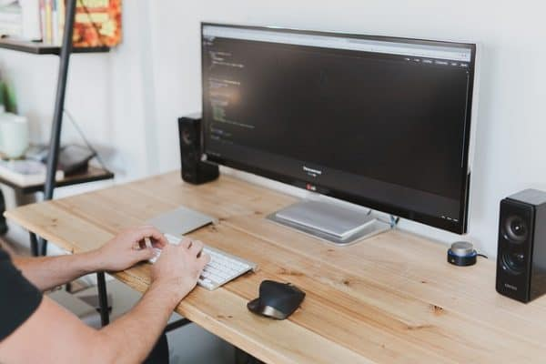 How to Start Making Money as a Freelance Developer