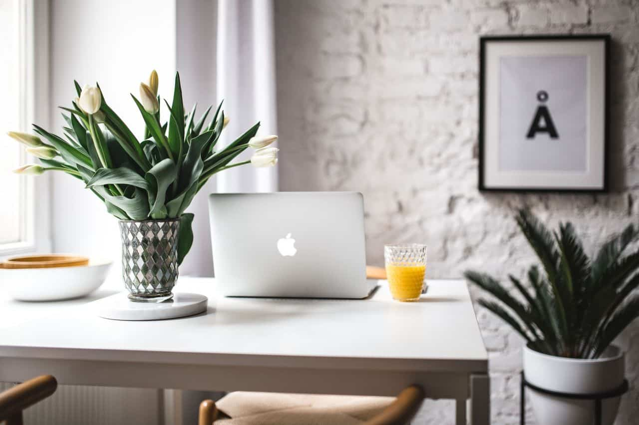 8 Easy Work from Home Hacks to Stay on Top of Your Productivity