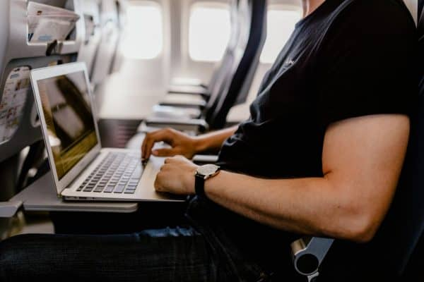 7 Things You Should Do When Traveling For Work