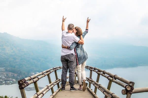 7 Bad Relationship Habits to Quit Right Away to Rebuild Trust and Love