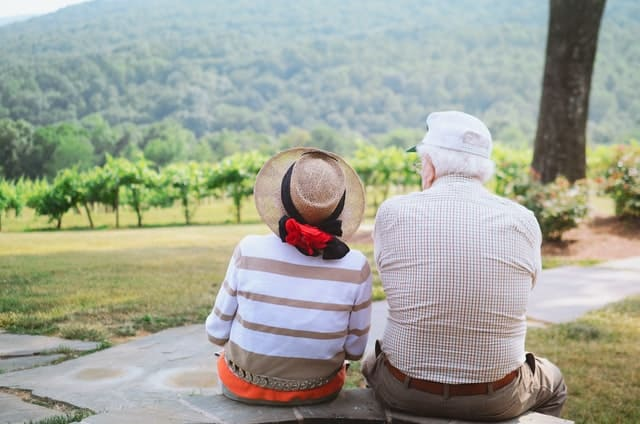 8 Tips to Prepare Financially for Retiring Abroad