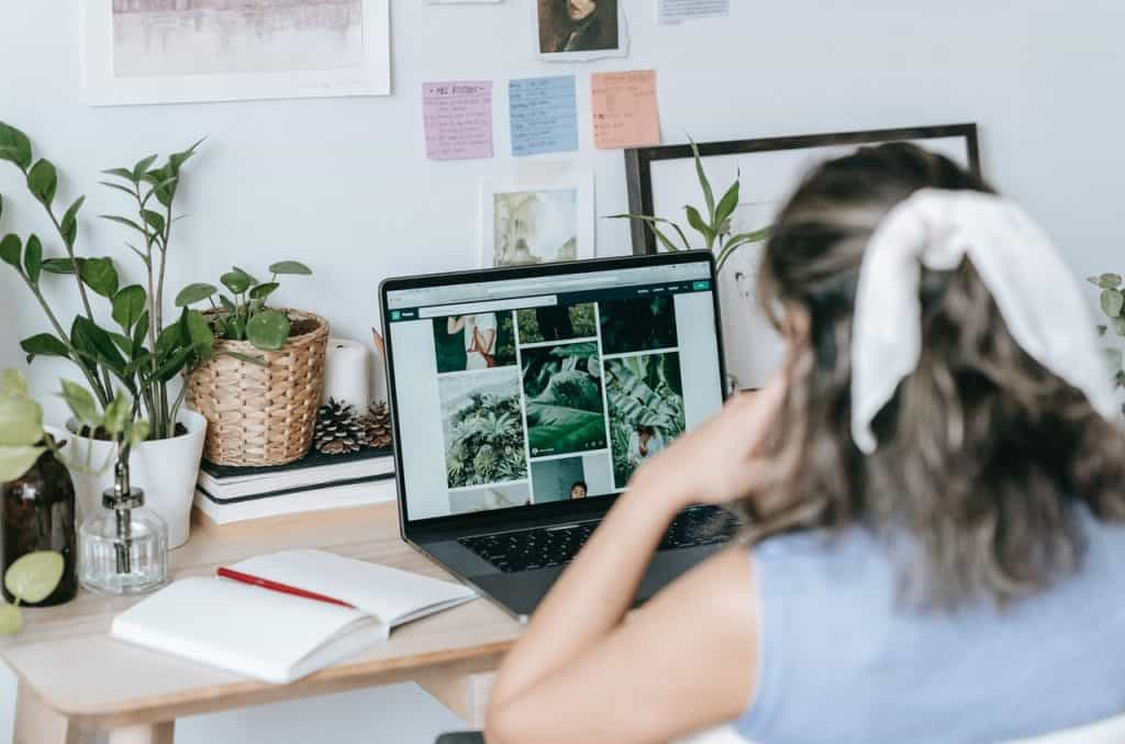 Stop Making These 14 Blogging Mistakes if You Want to Be a Full-Time Blogger