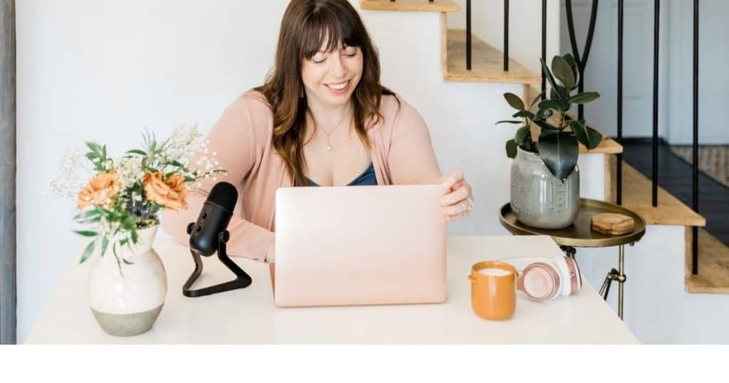 4 Bold Home Office Ideas for Female CEOs